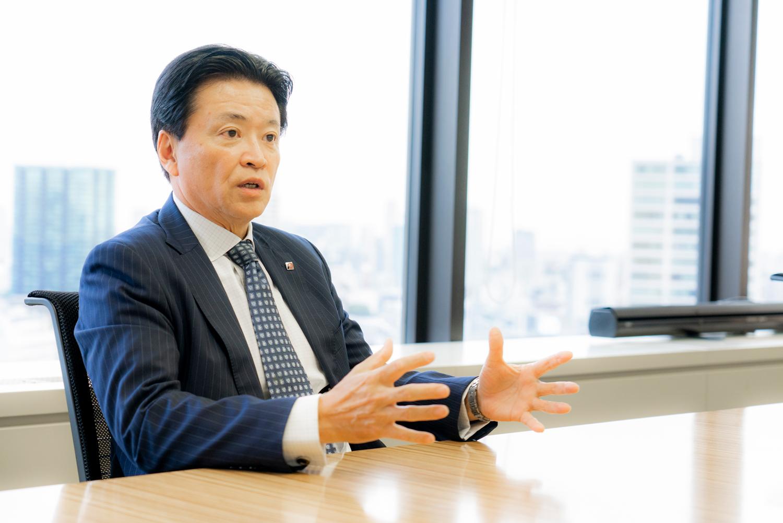 プレミアグループ株式会社 代表取締役社長 柴田洋一 インタビュー 画像